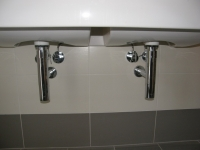 vybavení-koupelny-sifony